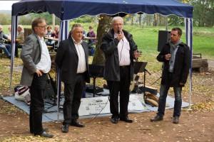 V.l.: Gustav Herzog MdB, Stadtbürgermeister Martin Müller, Thomas Wansch MdL und Ortsvereinsvorsitzender Christian Brand